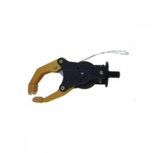Mecanical hand with volontary opening outer puller